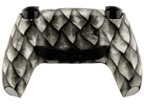 Mando-Escamas-PS5-Trasera